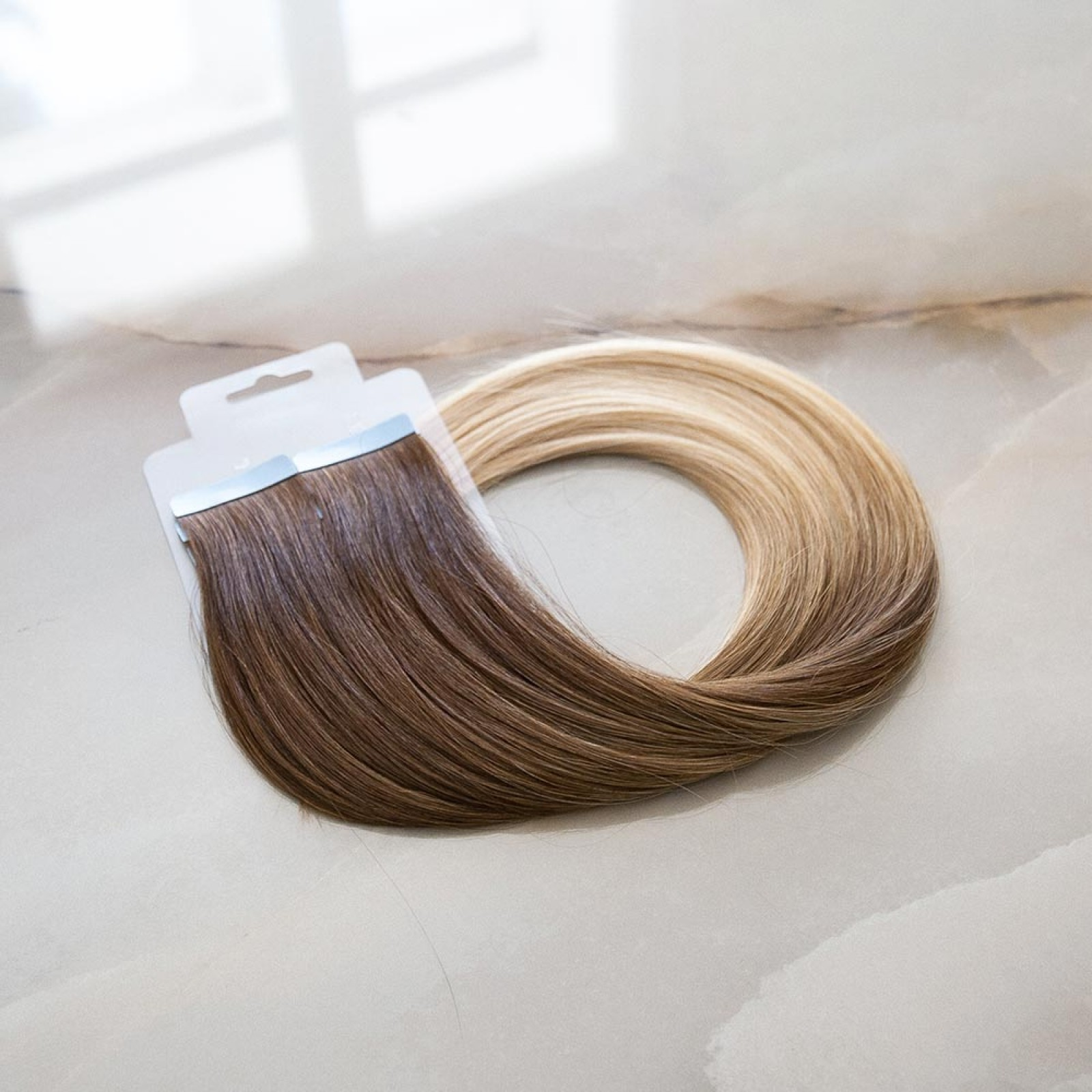 Ombre Extensions in hellbraun